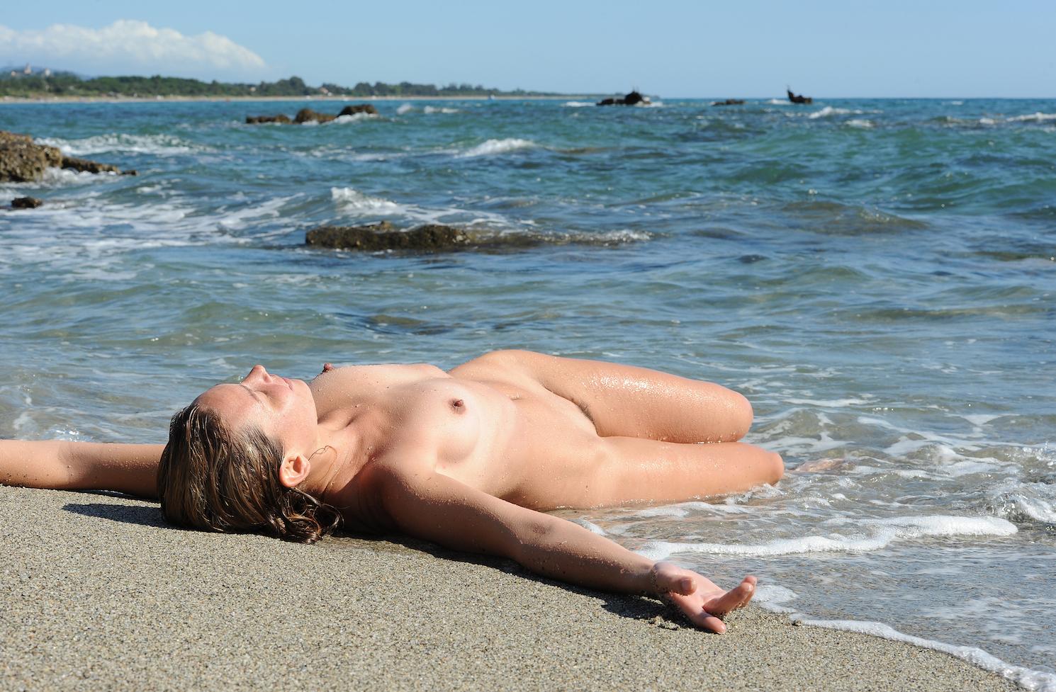 Naturisme et nudisme photo et vidéo famille nudisme et