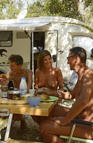 Familien nackt nudisten Ein Besuch